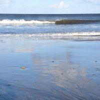 Waves on Filey beach Yorkshire | northolmefiley.com